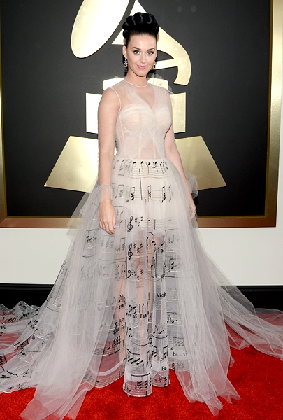 katy-perry-grammys-2014-red-carpet-600