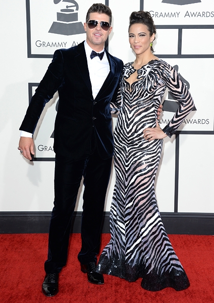 robin-thicke-grammys-2014-red-carpet-600