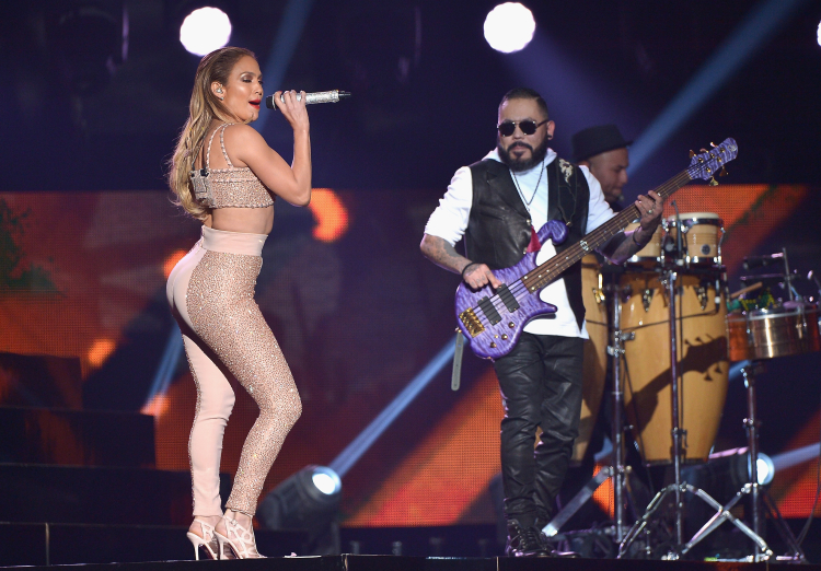 performs onstage at the 2015 Billboard Latin Music Awards presented bu State Farm on Telemundo at Bank United Center on April 30, 2015 in Miami, Florida.